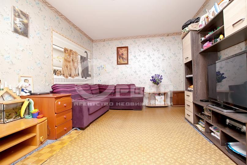 2-комнатная квартира У.Громовой, Улица, 45, Калининград